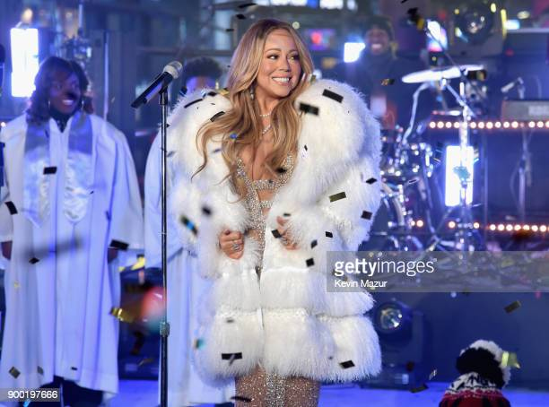 Mariah Carey performs at the Dick Clark's New Year's Rockin' Eve with Ryan Seacrest 2018 on December 31 2017 in New York City