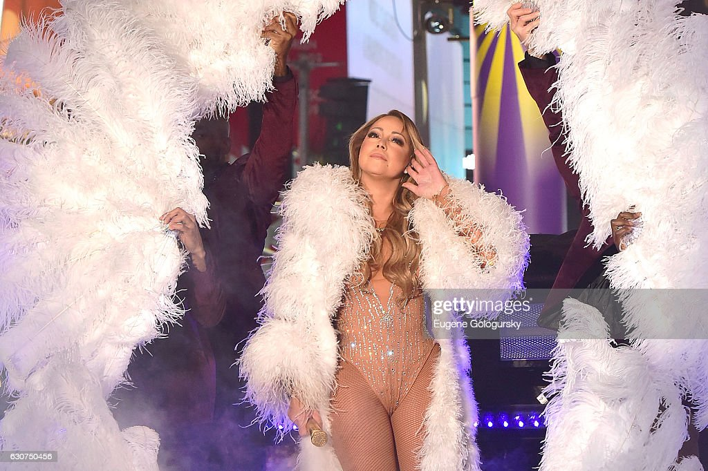 TOSHIBA New Years Eve In Times Square : News Photo