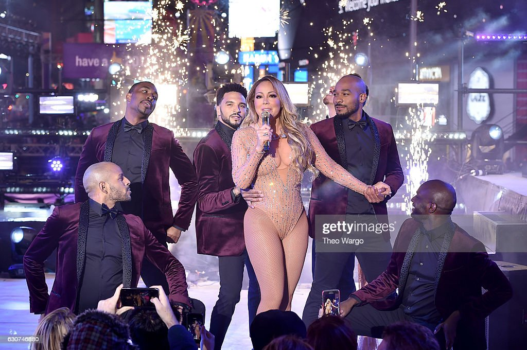 New Year's Eve 2017 In Times Square : News Photo