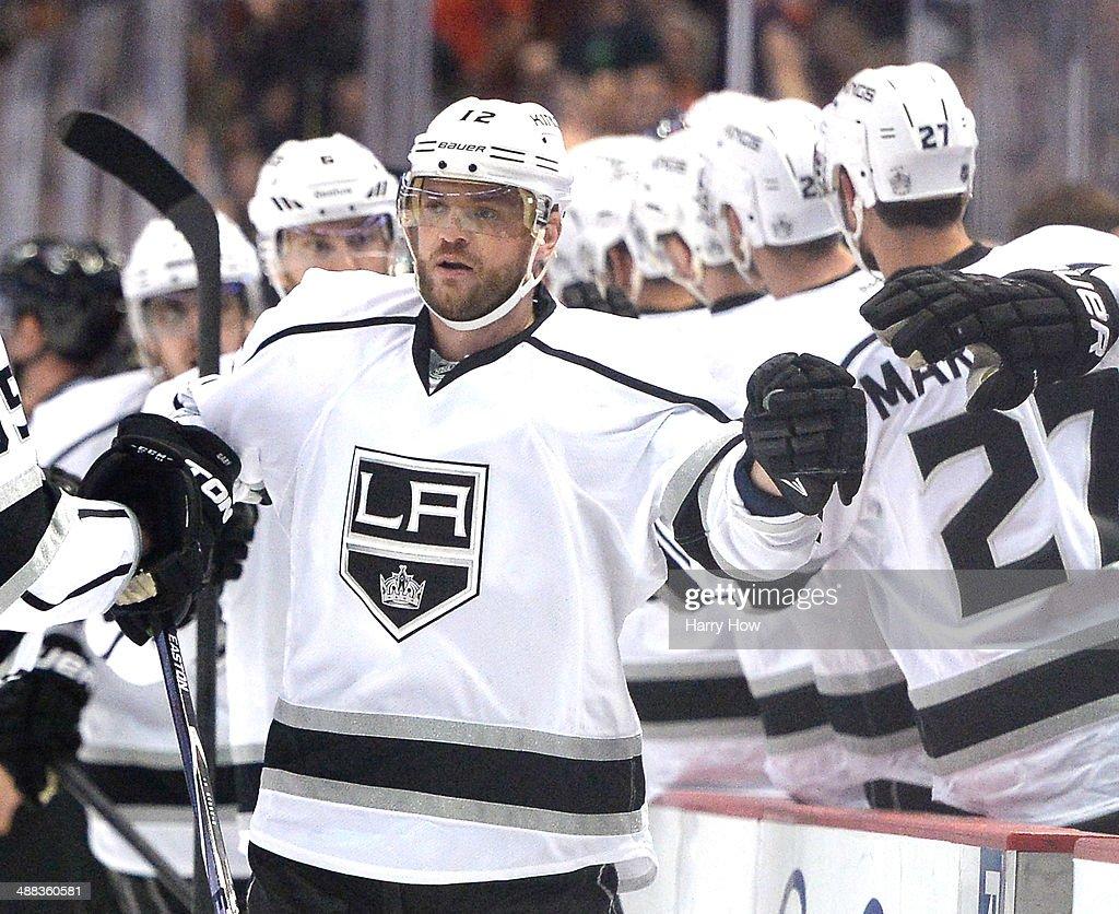 Los Angeles Kings v Anaheim Ducks - Game Two : News Photo