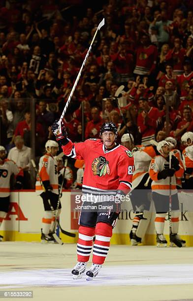 Marian Hossa of the Chicago Blackhawks acknowleges the crowd after scoring his 500th career goal in the second period against the Philadelphia Flyers...