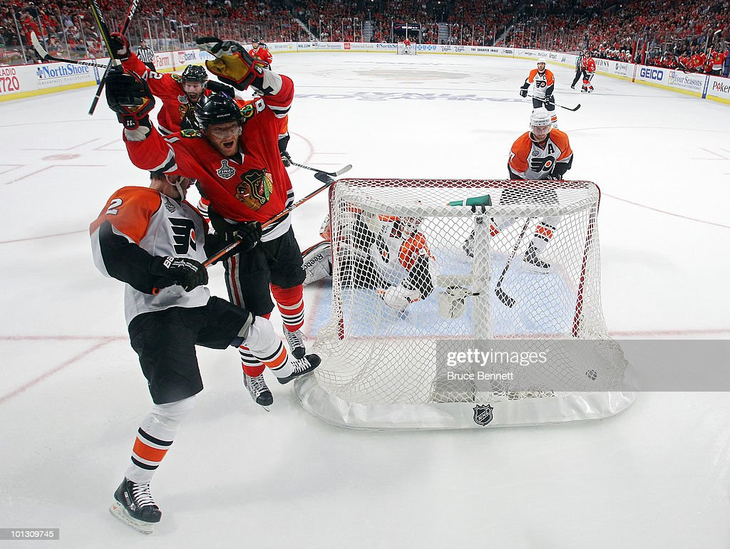 Stanley Cup Finals - Philadelphia Flyers v Chicago Blackhawks - Game Two