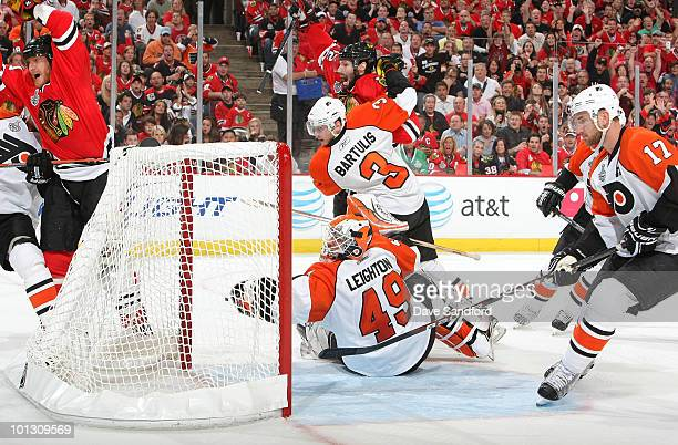 Marian Hossa of the Chicago Blackhawks scores on goaltender Michael Leighton of the Philadelphia Flyers during the second period of Game Two of the...