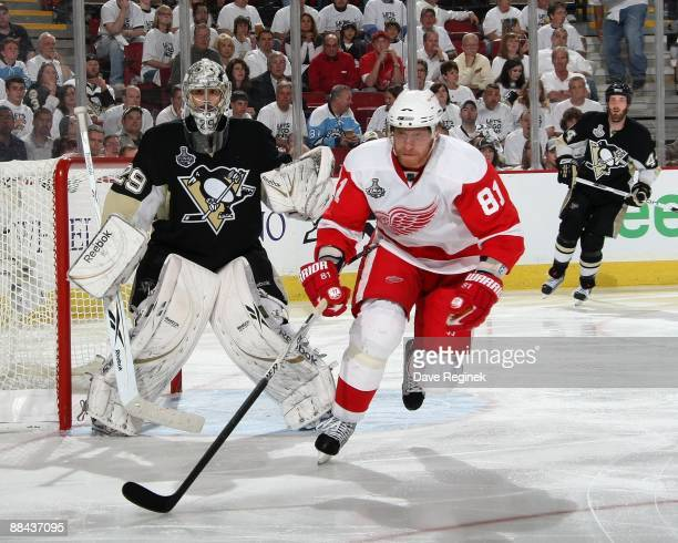 Marian Hossa of the Detroit Red Wings skates in front of MarcAndre Fleury of the Pittsburgh Penguins during Game Six of the 2009 NHL Stanley Cup...