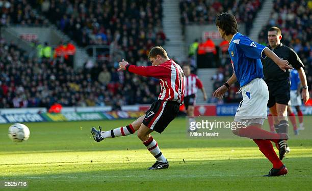 Marian Pahars of Southampton scores the second goal during the FA Barclaycard Premiership match between Southampton and Portsmouth at St Mary's...