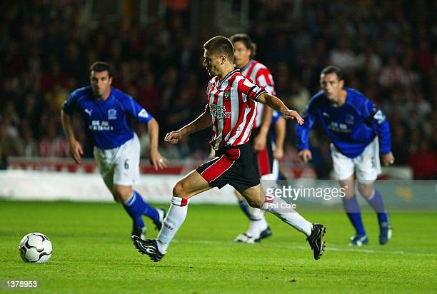 Marian Pahars scores from the penalty spot during the FA Barclaycard Premiership match between Southampton and Everton at The Friends Provident St...