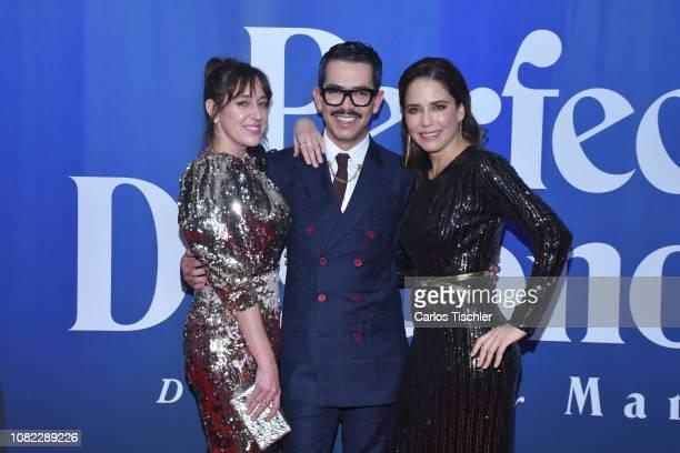 Mariana Treviño Manolo Caro and Ana Claudia Talancon poses for photos during a red carpet as part of the film 'Perfectos Desconocidos' premiere at...