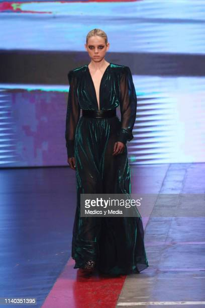 Mariana Zaragoza walks the runway during the Alfredo Martinez show as part of the MercedesBenz Fashion Week Mexico Fall/Winter 2019 Day 3 at Fronton...