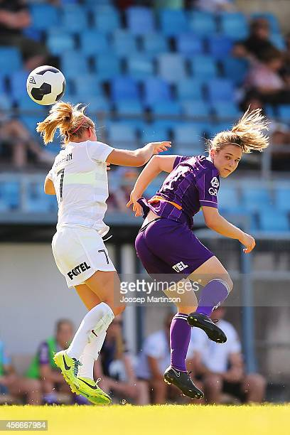 Marianna Tabain of the Glory competes with Kendall Johnson of the Wanderers during the round four WLeague match between Western Sydney and Perth...