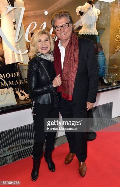 Marianne and Michael Hartl duing the 'Kunst Kleid' fashion cocktail on April 25 2017 in Munich Germany
