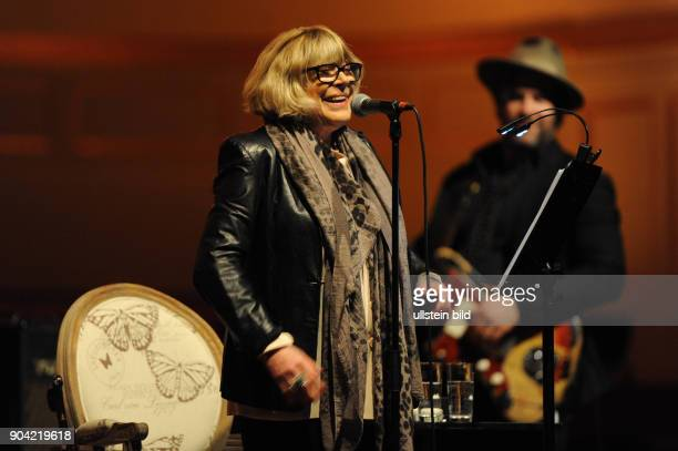 Marianne Faithfull die britische Saengerin Musikerin und Schauspielerin bei einem Konzert in der Hamburger Laeiszhalle Musikhalle Photo by Jazz...