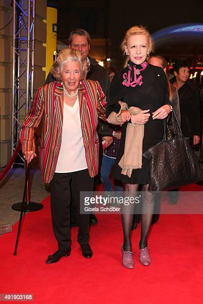 Marianne Manni Fuerstin zu SaynWittgensteinSayn and her daughterinlaw Sunnyi Melles during the Munich premiere of the musical 'Ich war noch niemals...