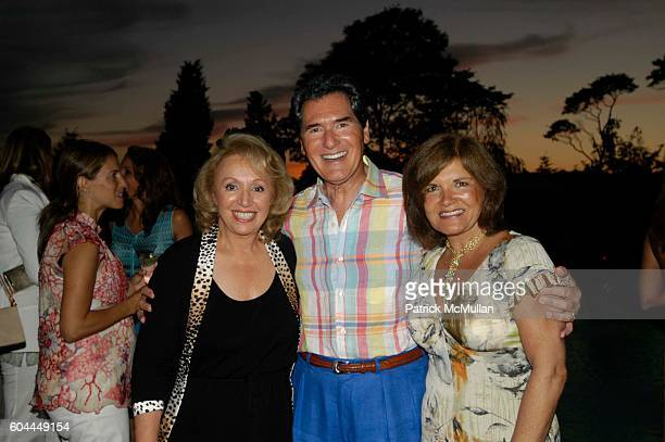 Marianne Scotto Ernie Anastos and Kelly Anastos attend Dinner Cocktails with Rosanna Scotto at Southampton on August 5 2006 in LI NY
