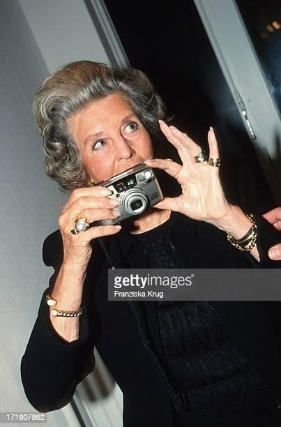 Marianne Von Sayn Wittgenstein Eröffnet Ausstellung