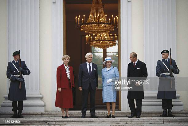 Marianne von Weizsacker and her husband President of the Federal Republic of Germany Richard von Weizsacker say farewell to Queen Elizabeth II and...