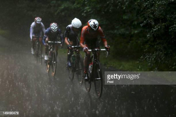 Marianne Vos of Netherlands Elizabeth Armitstead of Great Britain Kristin Armstrong of the United States and Olga Zabelinskaya of Russia cycle in the...