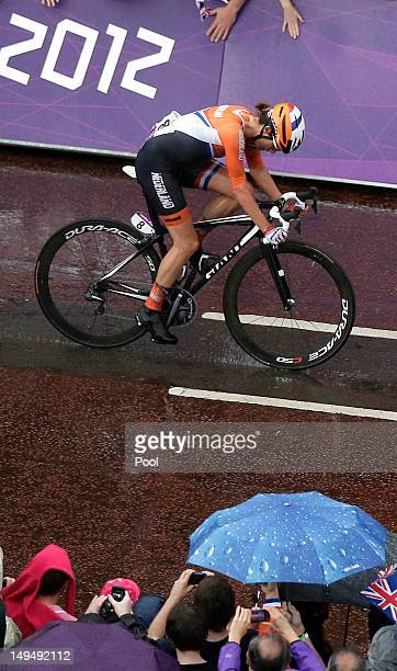 Marianne Vos of The Netherlands, pedals into the final stretch during the Women's Road Race Road Cycling Day 2 of the London 2012 Olympic Games on...