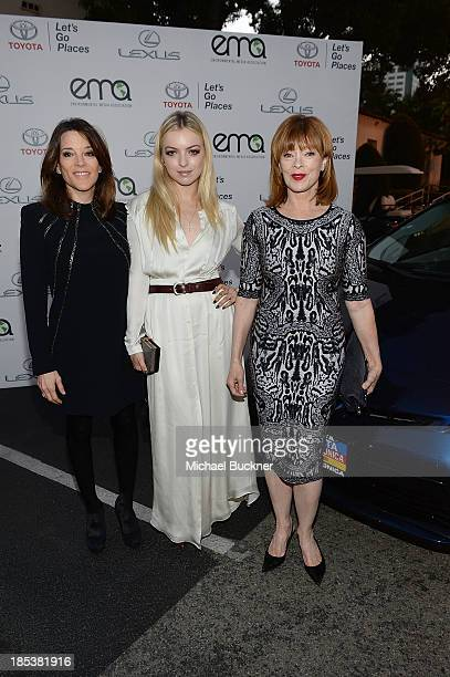 Marianne Williamson Francesca Eastwood and Frances Fisher arrive at the 23rd Annual Environmental Media Awards presented by Toyota and Lexus at...