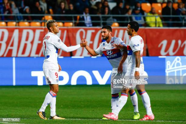 Mariano Diaz Mejia Memphis Depay and Jordan Ferri of Lyon celebrates during the Ligue 1 match between Troyes AC and Olympique Lyonnais at Stade de...