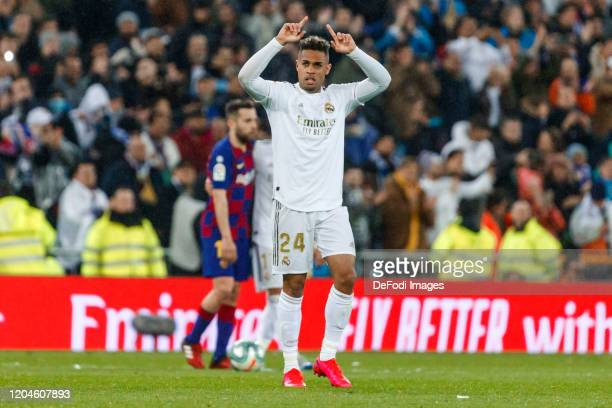 Mariano Diaz of Real Madrid celebrates after scoring his team's second goal during the Liga match between Real Madrid CF and FC Barcelona at Estadio...