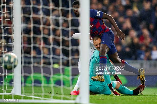 Mariano Diaz of Real MAdrid CF scores second goal of the team during the Liga match between Real Madrid CF and FC Barcelona at Estadio Santiago...