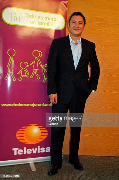 """Mariano Osorio during the presentation of the TV Campaing """"Todo es Mejor En Familia"""" of Televisa on August 19, 2010 in Mexico city, Mexico."""