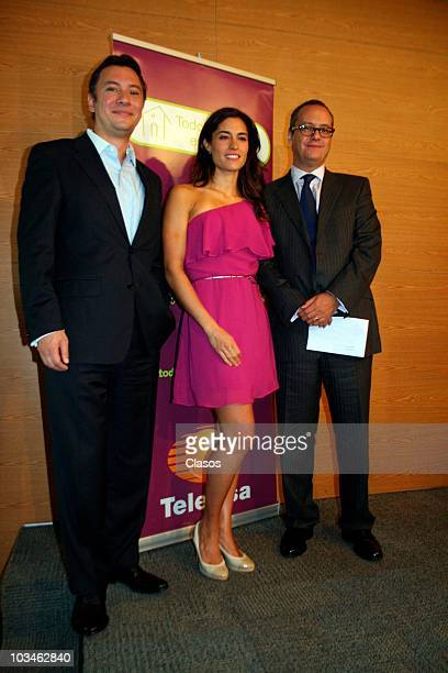 Mariano Osorio Luz Maria Zetina and Manuel Gilardi during the presentation of the TV Campaing Todo es Mejor En Familia of Televisa on August 19 2010...