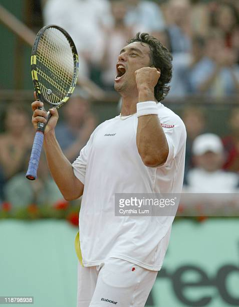 Mariano Puerta of Argentina in action during his semi-final against Nikolay Davydenko of Russia at the 2005 French Open in Paris, France on June 3,...