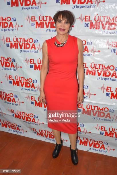 Maribel Fernandez 'La Pelangocha' poses for photos during a photocall for the play 'El Ultimo Dia de Mi Vida' at Tepeyac on January 25 2020 in Mexico...
