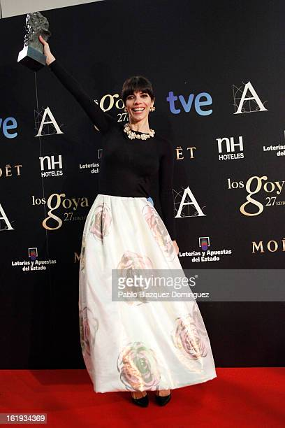Maribel Verdu holds his award for Best Actress in the film 'Blancanieves' during the 2013 edition of the 'Goya Cinema Awards' ceremony at Centro de...