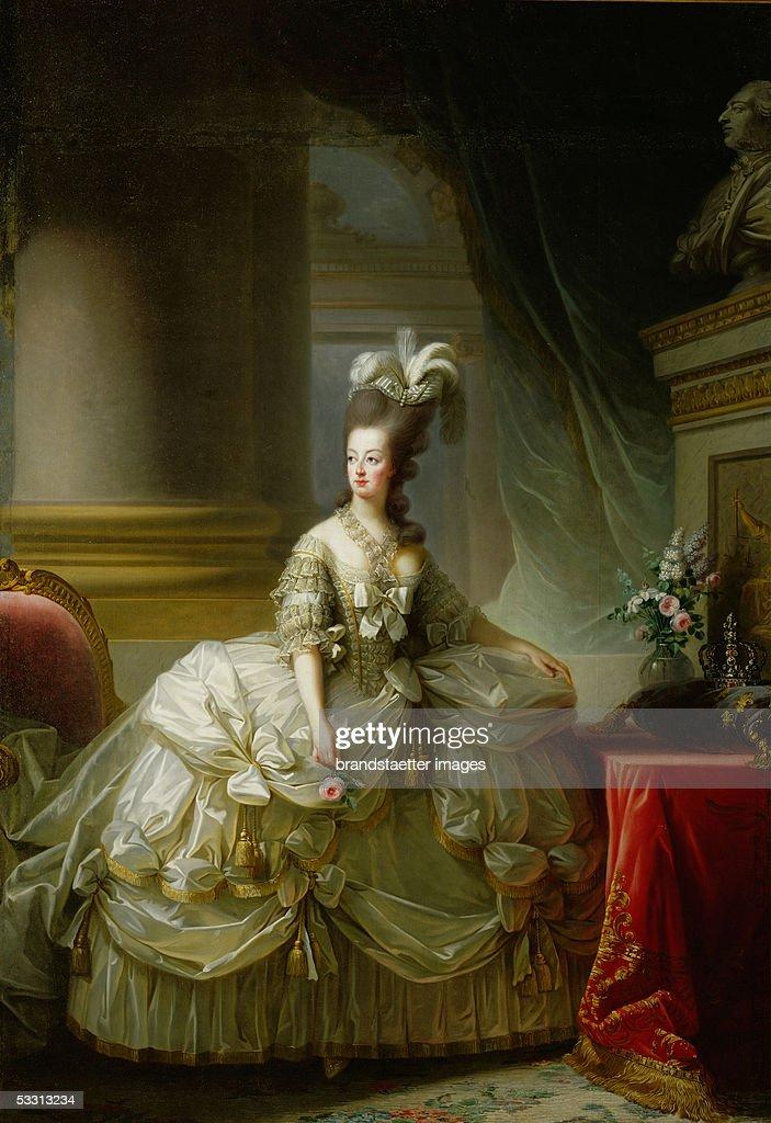 Marie Antoinette... : News Photo