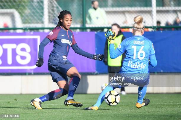 Marie Antoinette Katoto of PSG misses her chance during the Womens Division 1 match between Paris Saint Germain PSG and Guingamp on February 4 2018...