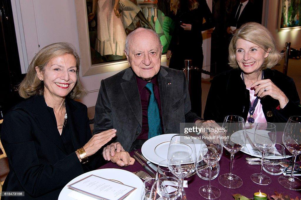 Societe Des Amis Du Musee D'Art Moderne : Dinner Party In Paris