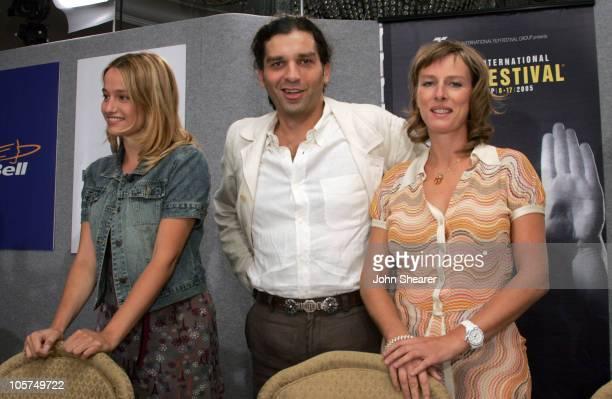 Marie Gillain Danis Tanovic director and Karin Viard