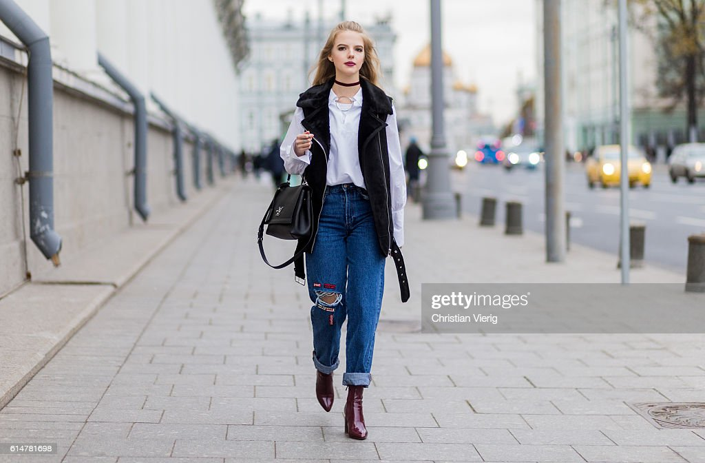 Street Style Day 2 - Mercedes-Benz Fashion Week Russia : News Photo