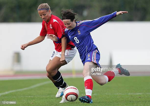 Marie Knutsen from Norway and Sonia Bompastor from France during the 2007 Algarve Women's Football Cup match between Norway and France in Lagos,...