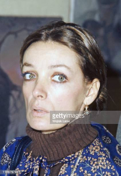 Marie Laforet, a French singer and actress at the vernissage, Paris, France on June 06th, 1988.