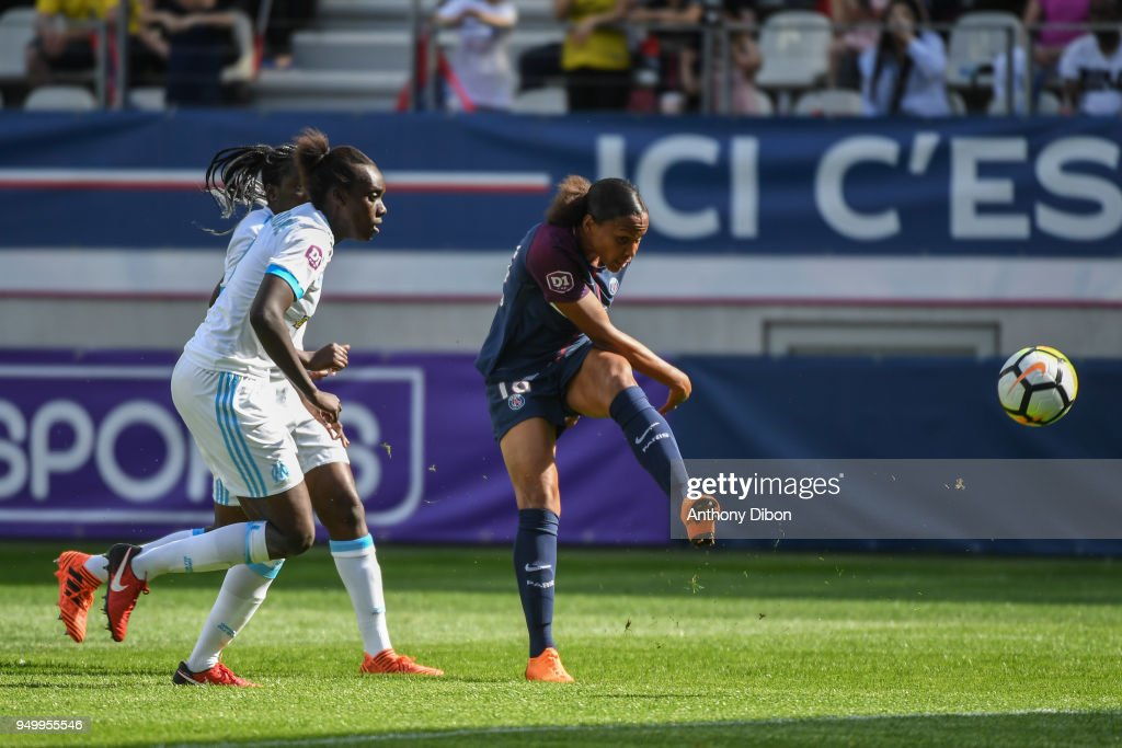 Paris Saint Germain v Marseille - French Women's Division 1