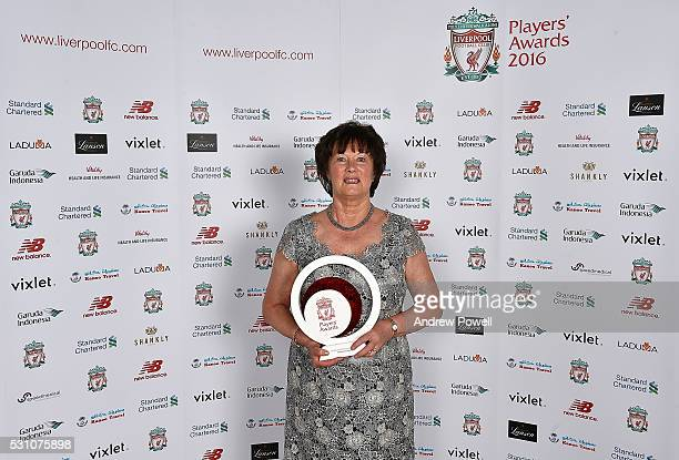 Marie Rooney poses with the Bill Shankly Community award at the Liverpool FC End of Season Awards at The Exhibition Centre on May 12 2016 in...