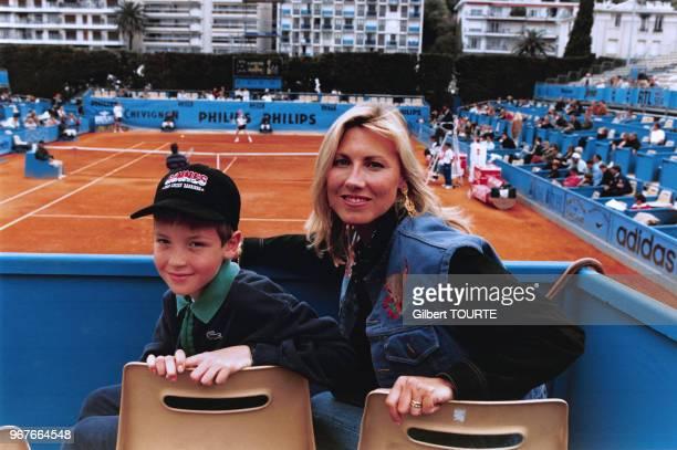 Marie Sara Bourseiller et Maxime Leconte au tournoi de tennis de Nice le 22 avril 1995, France.