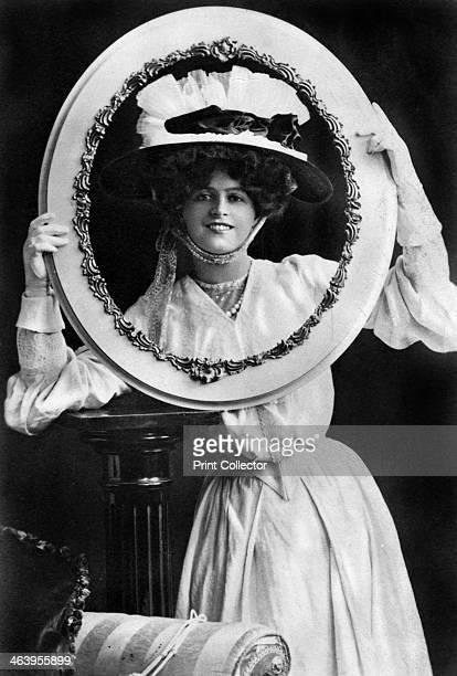 Marie Studholme , English actress, 1904.