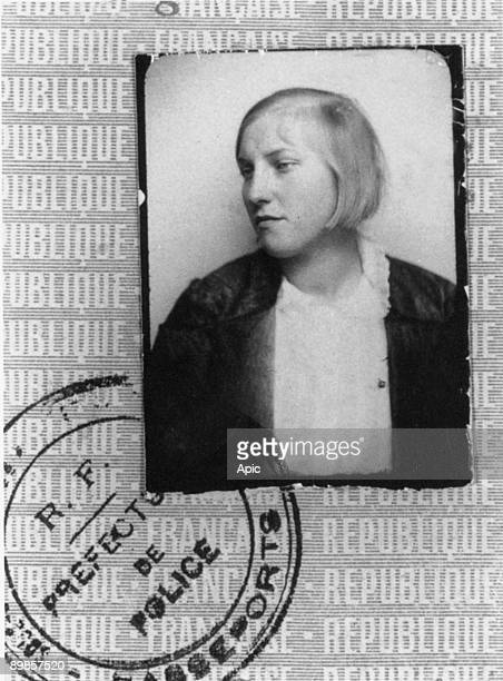 Marie Therese MarieTherese Walter was the companion of PabloPicasso between 1927 and 1936 and give birth to Maya she was PabloPicasso's mistress and...