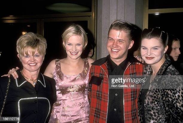 Marie Tom Actress Nicholle Tom Actor David Tom and Actress Heather Tom attend the 'Pleasantville' Westwood Premiere on October 19 1998 at Mann...