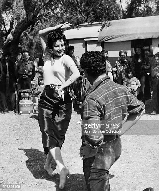 Marie Vargas dancing with flamenco dancer Riccardo Rioli in the 1954 film The Barefoot Contessa