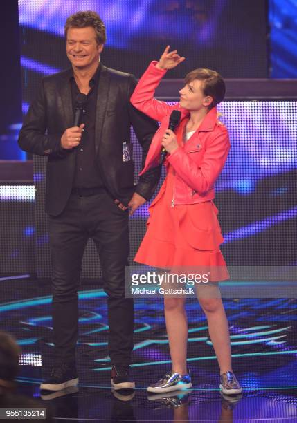 Marie Wegener and Oliver Geissen during the finals of the tv competition 'Deutschland sucht den Superstar' at Coloneum on May 5, 2018 in Cologne,...