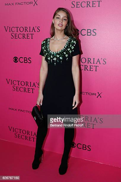 MarieAnge Casta attends the 2016 Victoria's Secret Fashion Show Held at Grand Palais on November 30 2016 in Paris France