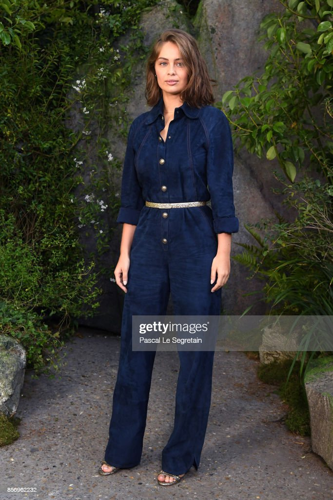 Chanel : Photocall - Paris Fashion Week Womenswear Spring/Summer 2018