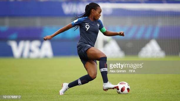 MarieAntoinette Katoto of France controles the ball during the FIFA U20 Women's World Cup France 2018 group A match between France and New Zealand at...