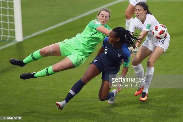 MarieAntoinette Katoto of France tries to score against goalkeeper Anna Leat and Claudia Bunge of New Zealand during the FIFA U20 Women's World Cup...
