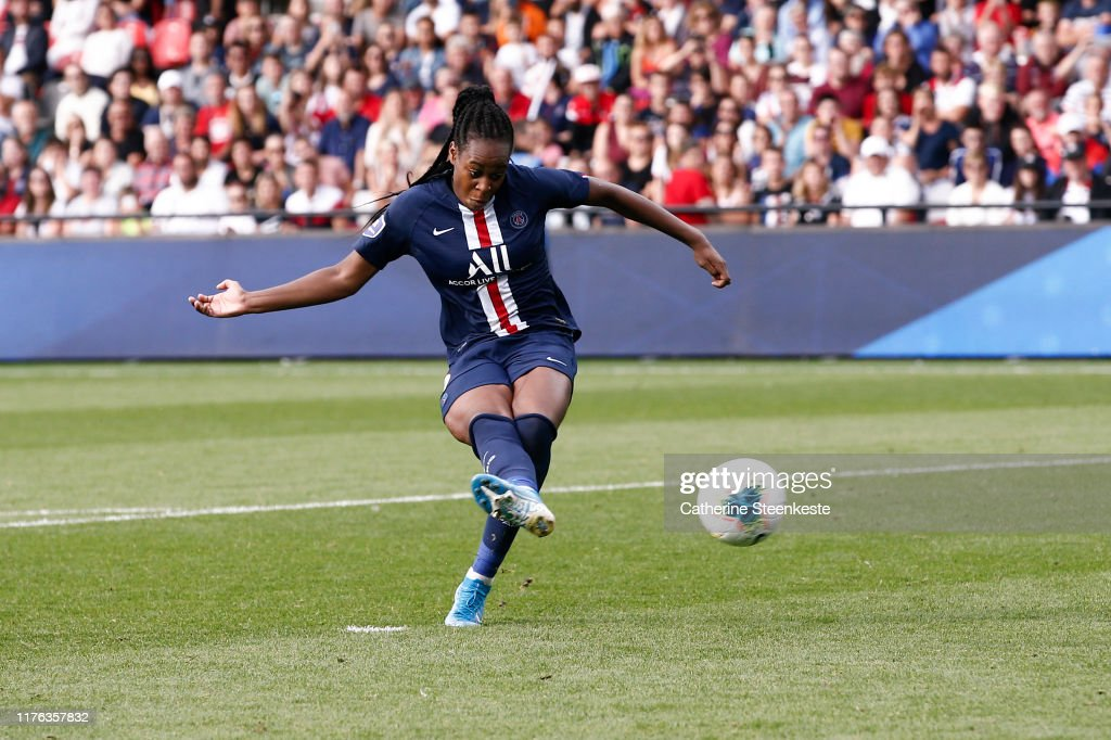 Olympique Lyonnais vs Paris Saint-Germain - Trophee des Championnes : News Photo